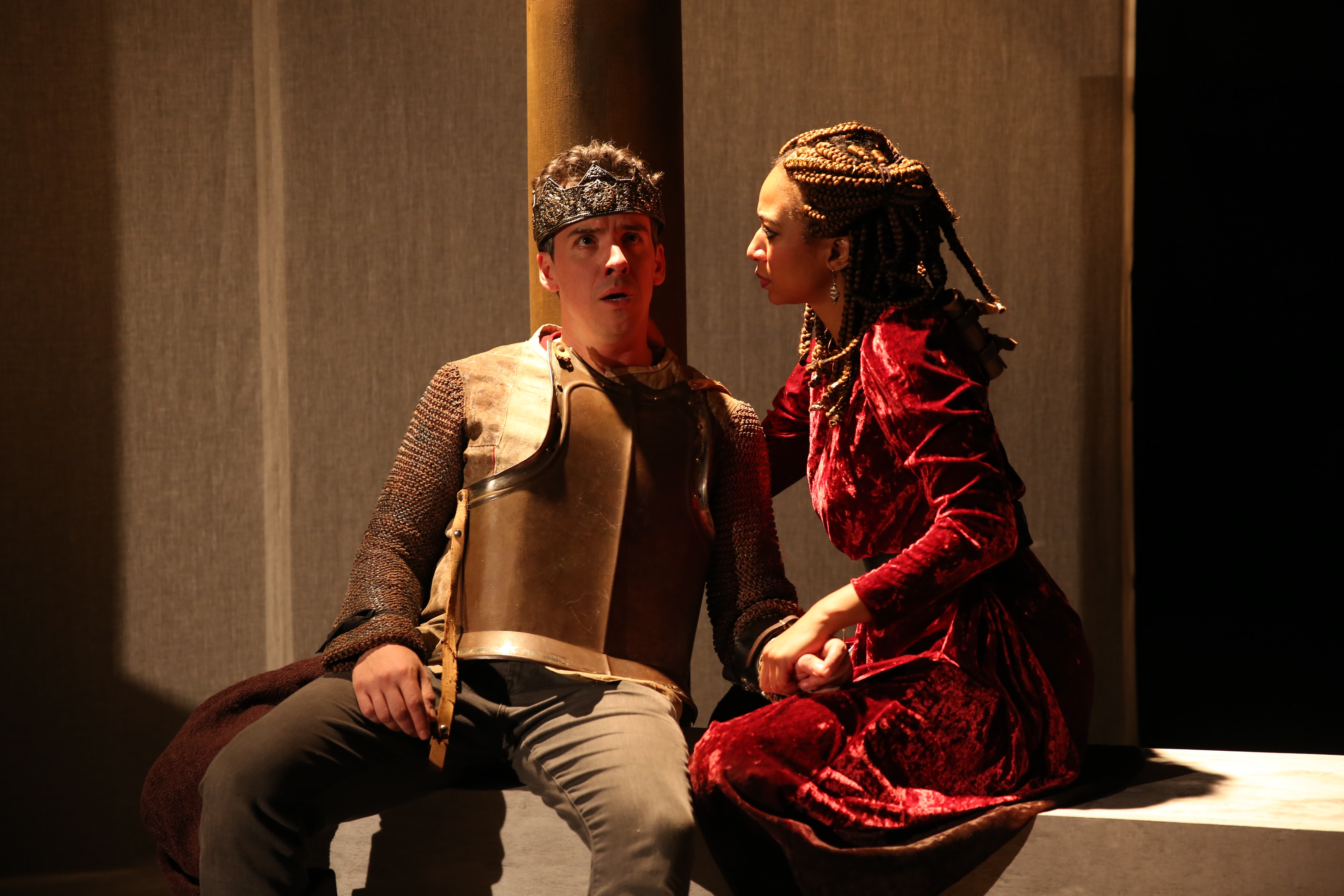 L-R: Craig Wesley Divino, Sharina Martin in ROUND TABLE at 59E59 Theaters. Photo by Carol Rosegg